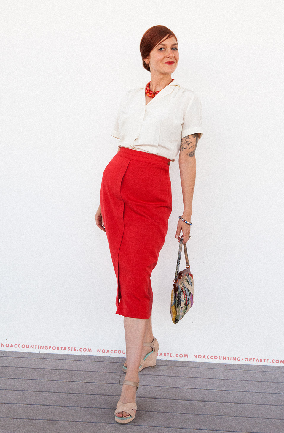 1940s-red-skirt-blouse-playclothes