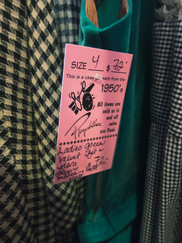 An example of a tag from Playclothes, where they put the modern size equivalent instead of or in addition to a waist measurement.