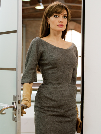 "Angelina Jolie as ""Elise"" in Columbia Pictures' THE TOURIST."