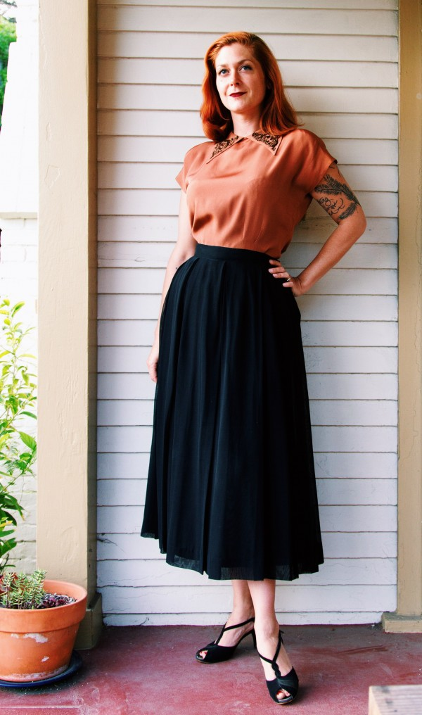 This lovely chiffon skirt is an excellent example of Mancini's evening separates.